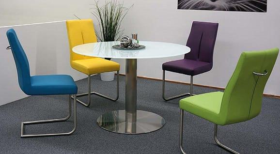 MWA Stühle machen das Esszimmer attraktiv und komfortabel
