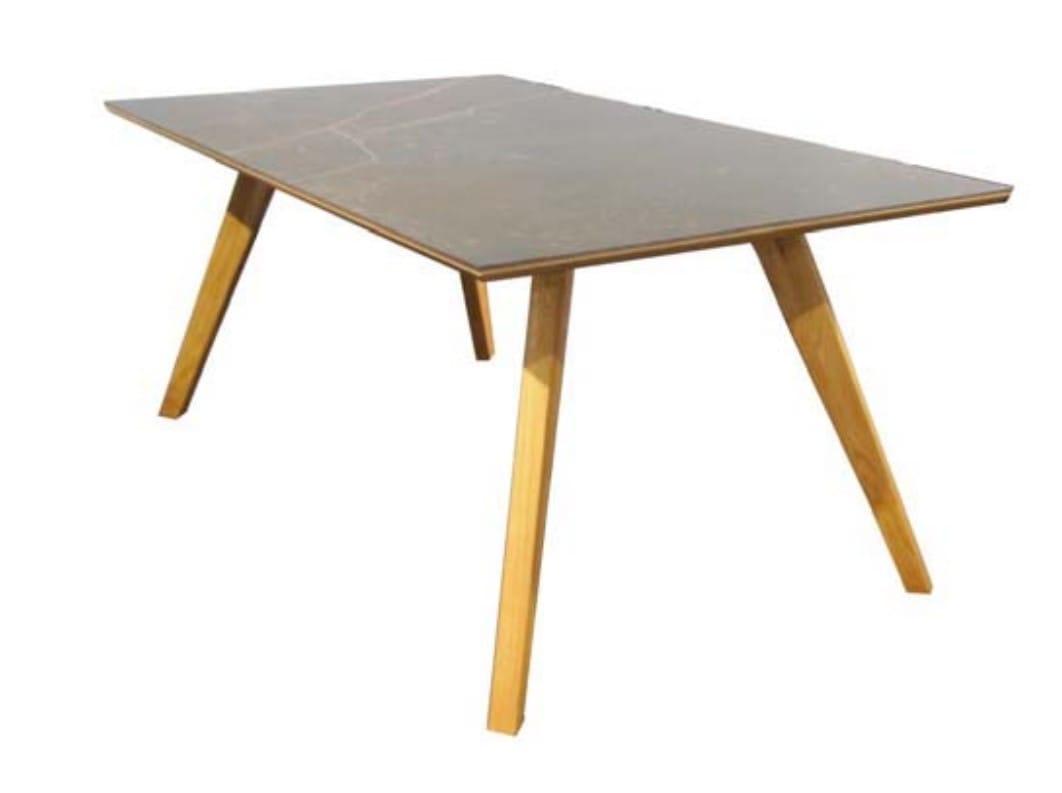 Standard-Furniture Tische Trondheim mit Dekton-Platte